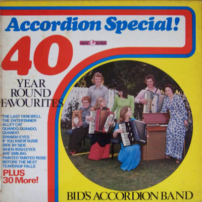 ACCORDIAN SPECIAL-40 YEAR ROUND FAVOURITES